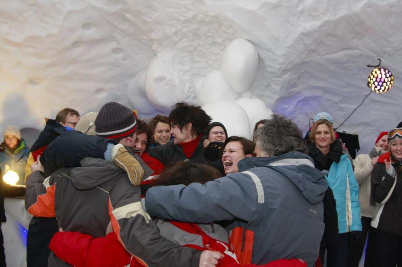 Party im Iglu auf der Zugspitze
