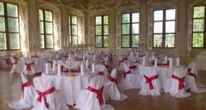 schöne Hochzeit im Schloss
